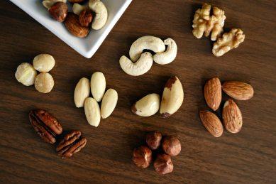 almond-almonds-brazil-nut-1295572 (3)