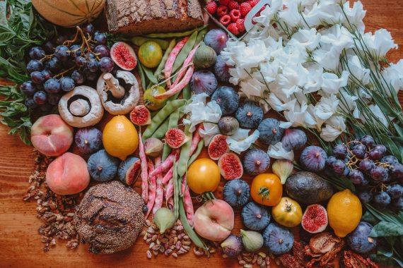 abundance-berries-close-up-1334131